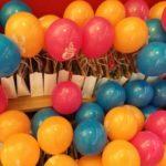 Balony z własnym logo lub wzorem z helem lub z powietrzem na patyczkach plastikowych Warszawa tanio