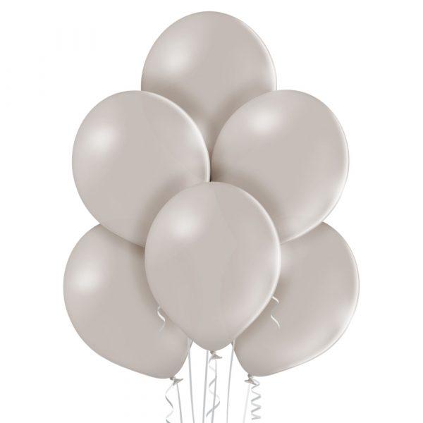 Balon z helem w kolorze jasno szarym
