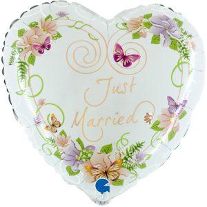 Balon w kształcie serca z helem i napisem Just Married Nowożeńcy
